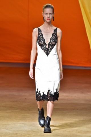 Slip lingerie - Trend SS16 fashion - Spring 2016 Runway RTW