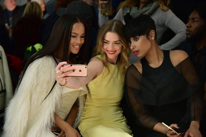 Cushnie et Ochs - Front Row & Backstage - Fall 2016 New York Fashion Week: The Shows