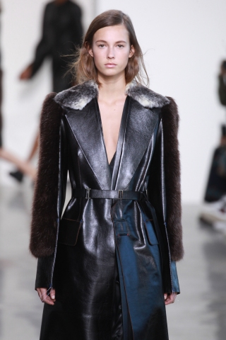 Calvin Klein Collection - Fall 2016 New York Fashion Week: The Shows