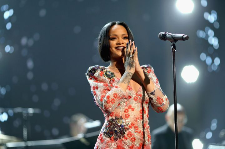 Rihanna Sings at the 2016 MusiCares Person of the Year
