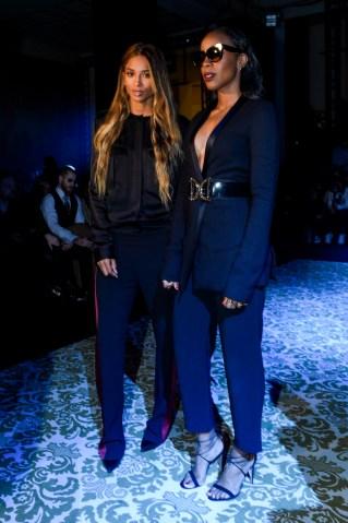 Haider Ackermann : Front Row - Paris Fashion Week Womenswear Fall/Winter 2016/2017