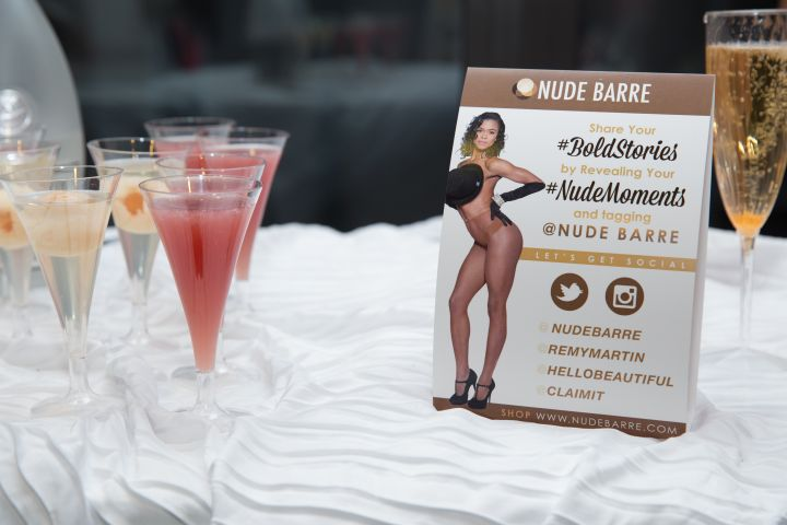 Nude Barre Moments