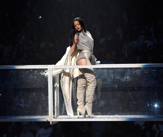 Rihanna 'Anti World Tour' - Brooklyn
