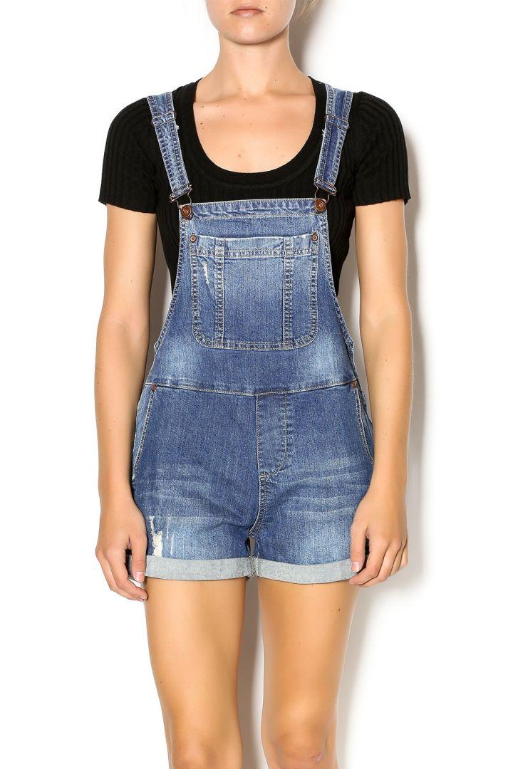 No: Cutoff Shorts, Yes: Short Overalls