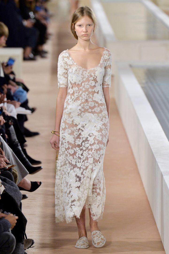 #NOWTRENDING: Bridal white!