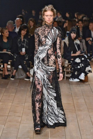 Lacey fabric - Trend SS16 fashion - Spring 2016 Runway RTW