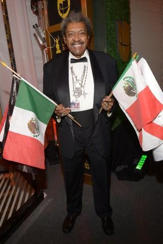 Premios Univision Deportes 2015 - Arrivals