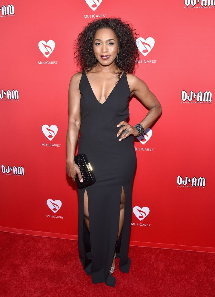 12th Annual MusiCares MAP Fund Benefit Concert Honoring Smokey Robinson (2016)