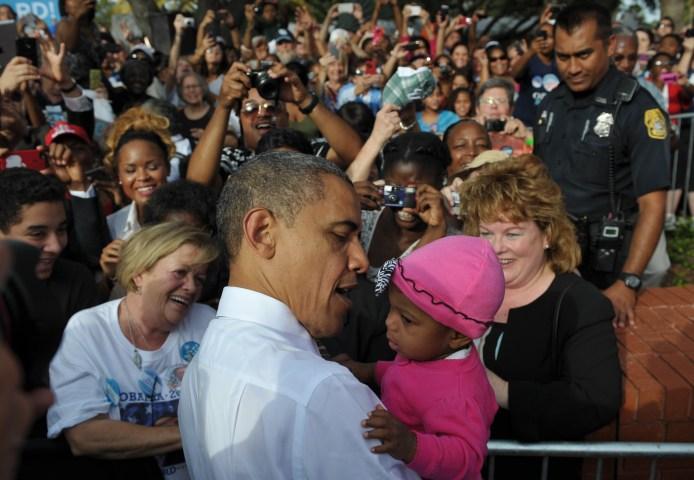US-VOTE-2012-DEMOCRATIC CAMPAIGN-OBAMA