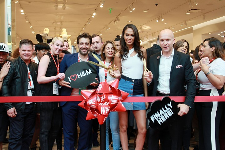 Joan Smalls Helps Celebrate Opening of First H&M in Puerto Rico