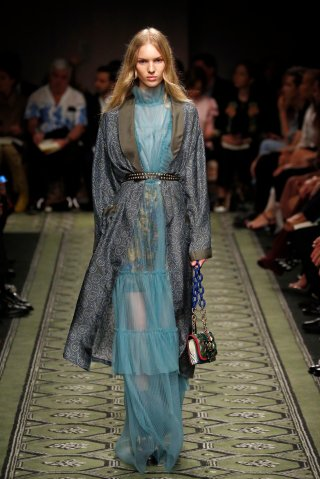 Burberry - Runway - LFW September 2016