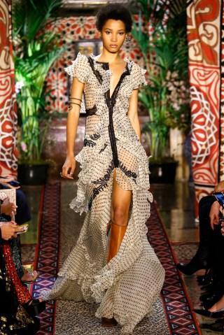Roberto Cavalli - Runway - Milan Fashion Week SS17
