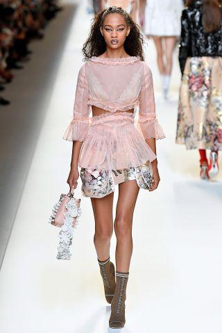 Fendi - Runway - Milan Fashion Week SS17
