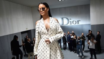Christian Dior : Tunnel - Paris Fashion Week Womenswear Spring/Summer 2017