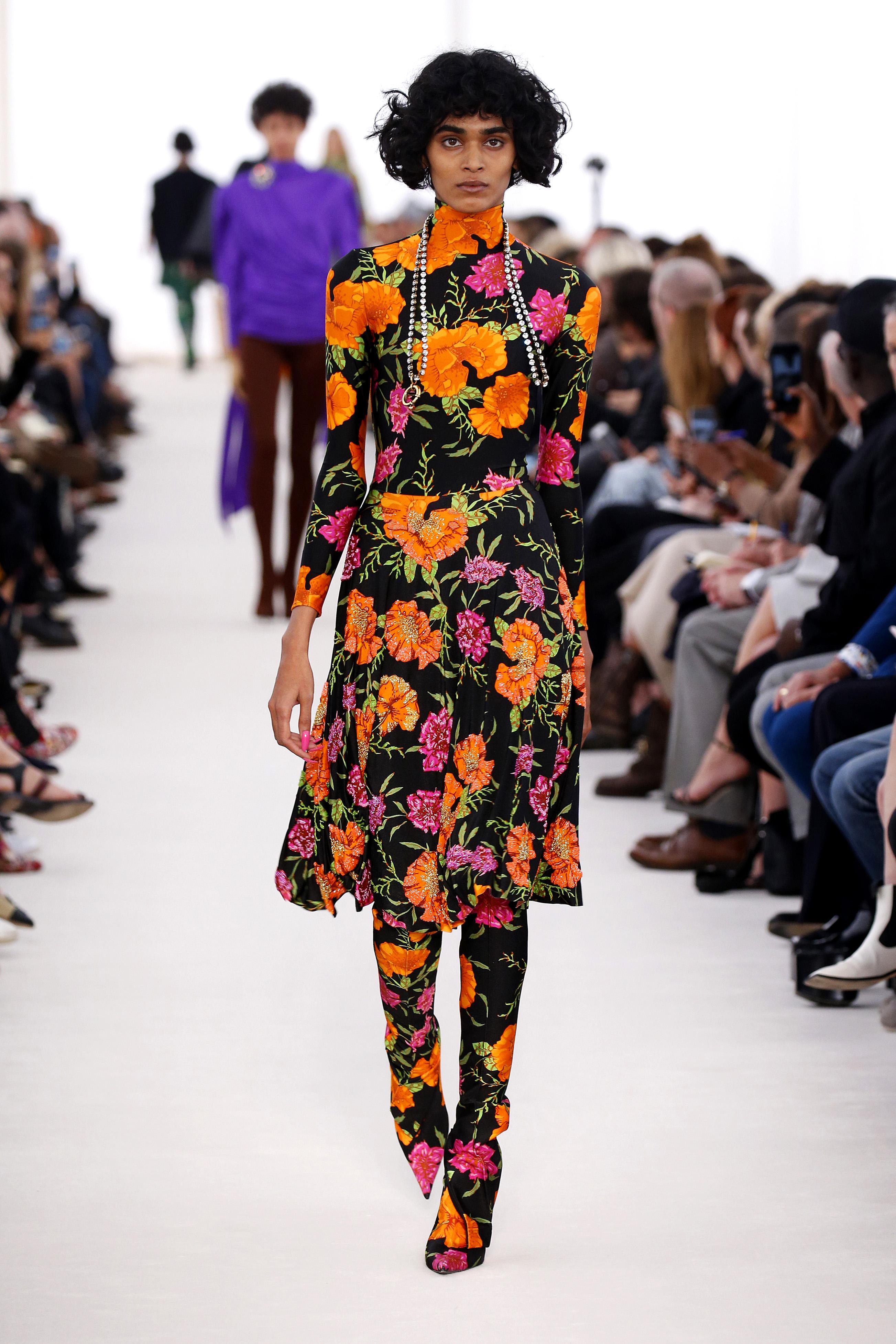 Balenciaga : Runway - Paris Fashion Week Womenswear Spring/Summer 2017