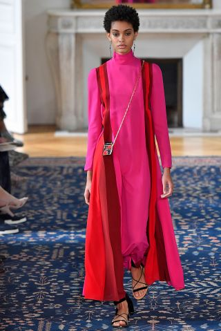 Valentino : Runway - Paris Fashion Week Womenswear Spring/Summer 2017