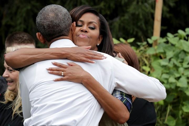 Michelle Obama Helps Students Harvest White House Kitchen Garden