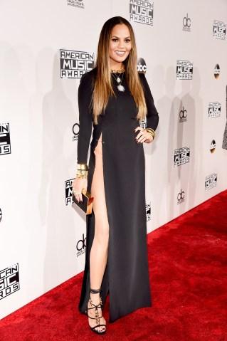 2016 American Music Awards - Red Carpet