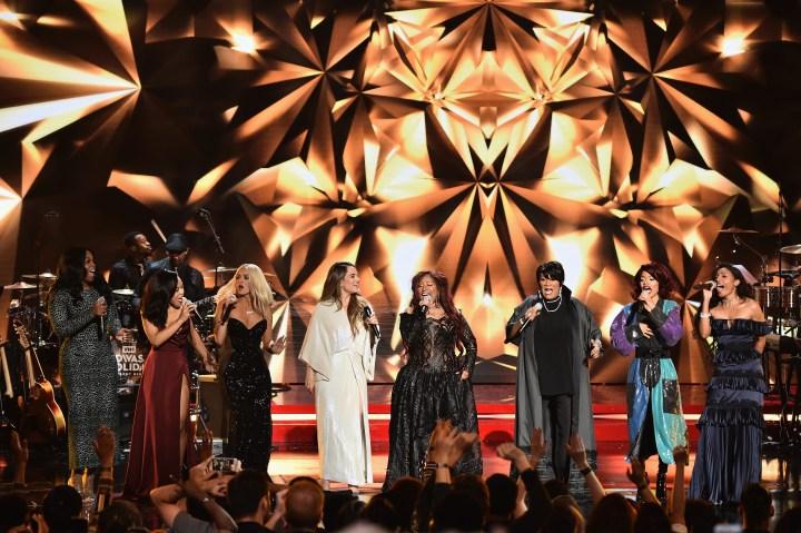 2016 VH1's Divas Holiday: Unsilent Night - Inside