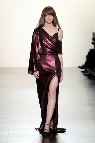 Tadashi Shoji - Runway - February 2017 - New York Fashion Week: The Shows