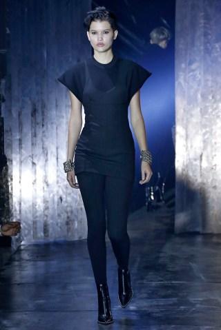 Alexander Wang - Runway - February 2017 - New York Fashion Week