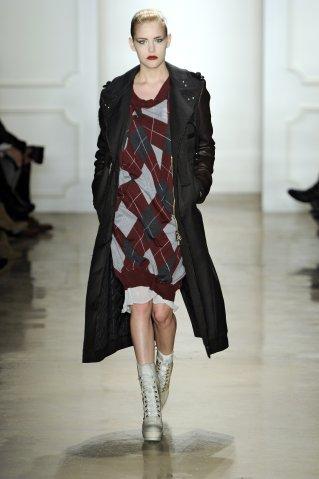 Altuzzara Runway - Fall/Winter 2011 New York Fashion Week