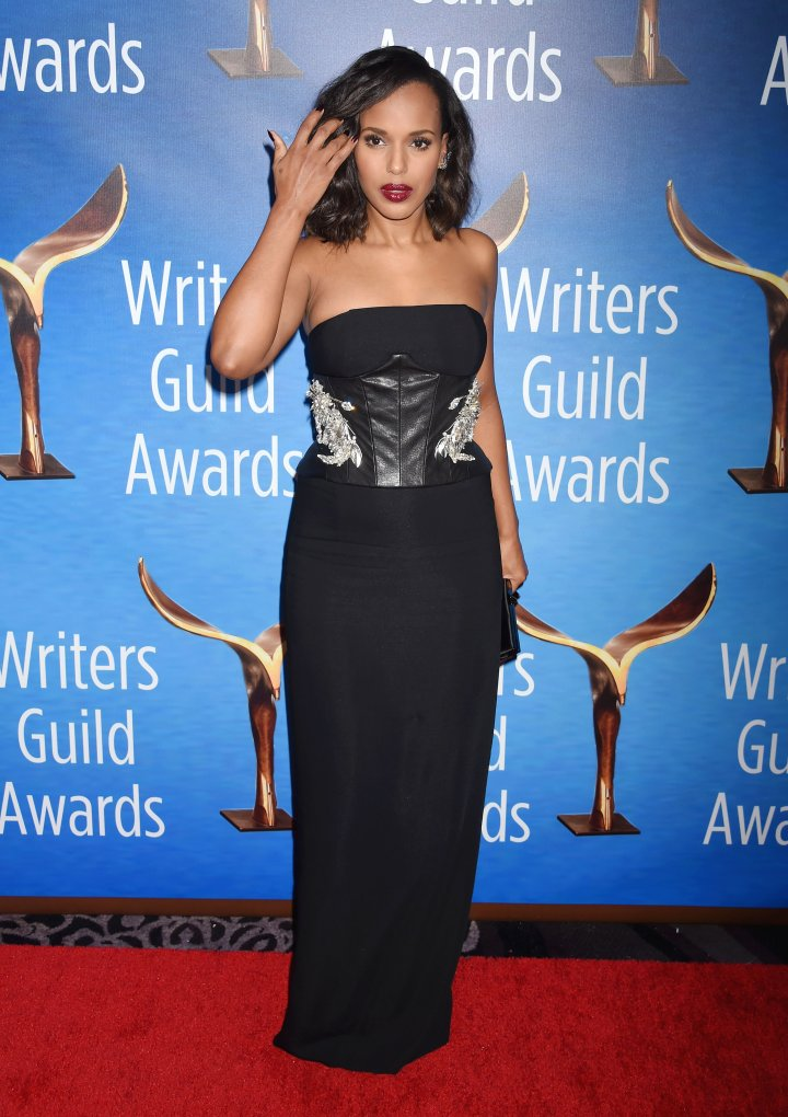 Kerry Washington attends the 2017 Writers Guild Awards L.A. Ceremony