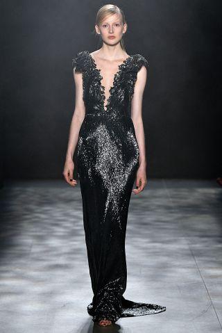 Marchesa - Runway - February 2017 - New York Fashion Week