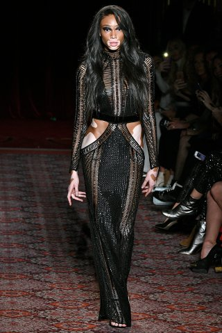 Julien Macdonald - Runway - LFW February 2017