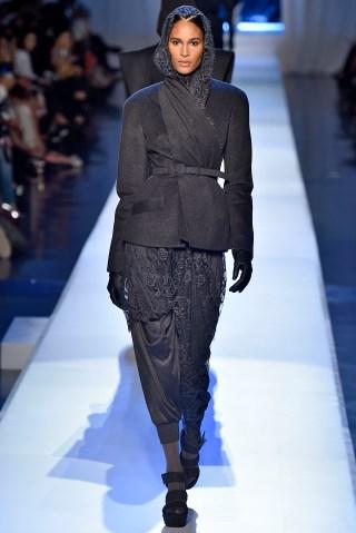 Jean Paul Gaultier : Runway - Paris Fashion Week - Haute Couture Fall/Winter 2017-2018
