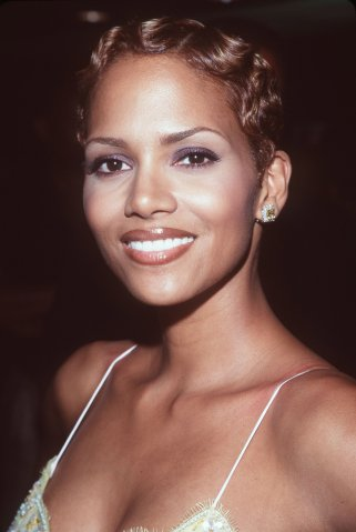 USA - Halle Berry Stars in 'Introducing Dorothy Dandridge'