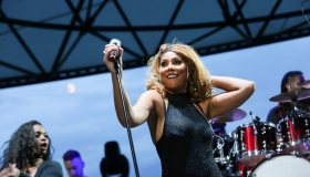 R Kelly and Tamar Braxton In Concert - Detroit, MI