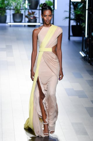 Cushnie Et Ochs - Runway - September 2017 - New York Fashion Week: The Shows