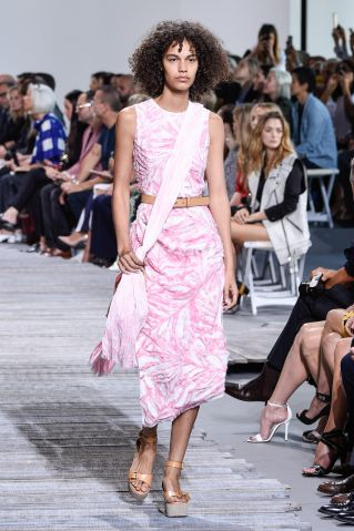 Michael Kors - Runway - September 2017 - New York Fashion Week