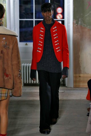 Burberry - Runway - LFW September 2017