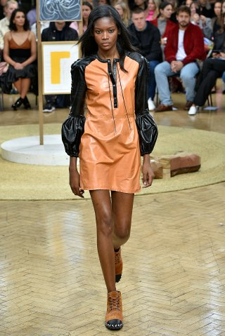 JW Anderson - Runway - LFW September 2017