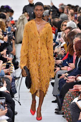 Celine : Runway - Paris Fashion Week Womenswear Spring/Summer 2018
