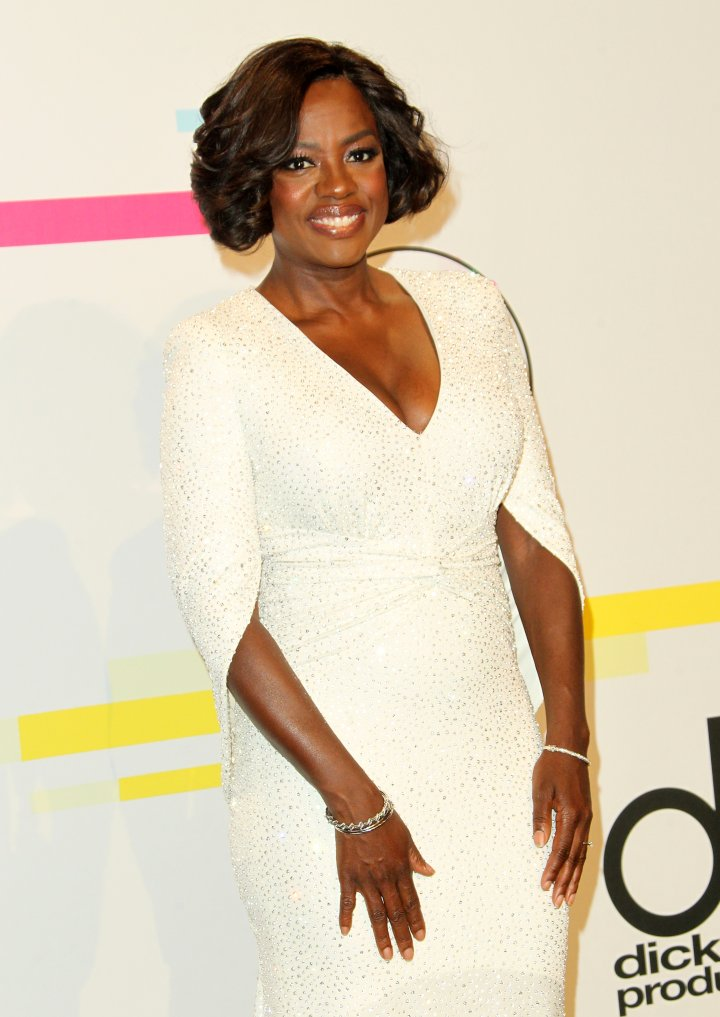 Top Black Pop Culture Moments of 2015: Cicely Tyson Scratching Viola Davis' Scalp on 'HTGAWM'