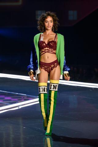 Victoria's Secret Fashion Show Alanna Arrington