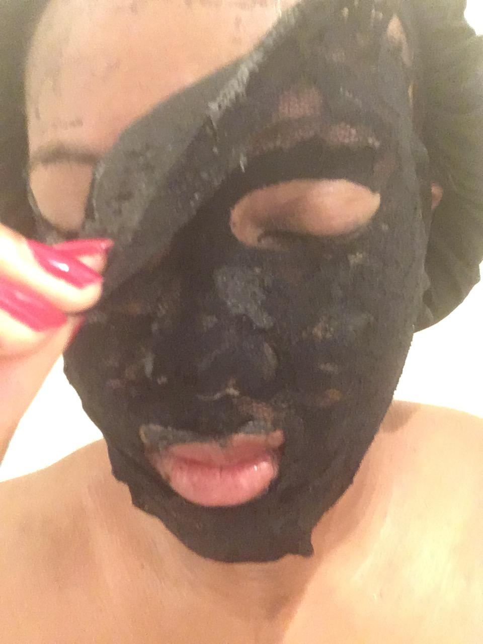 Dermovia Black Bamboo Charcoal Mask Pore Detox