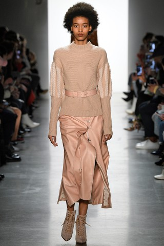 Jonathan Simkhai - Runway - February 2018 - New York Fashion Week