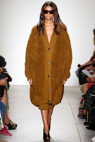 A Detacher - Runway - February 2018 - New York Fashion Week