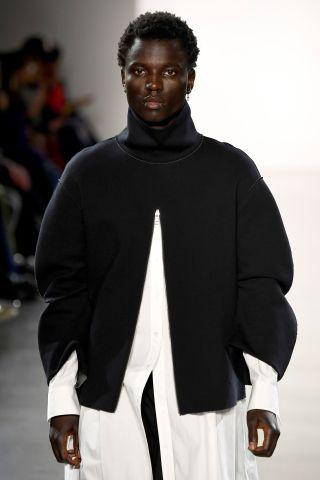 Yajun - Runway - February 2018 - New York Fashion Week: The Shows
