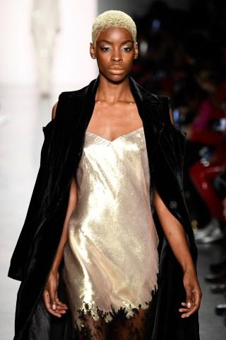 Irina Vitjaz - Runway - February 2018 - New York Fashion Week: The Shows