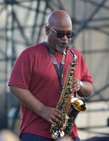 13th Annual Jazz in the Gardens Music Festival - Day 2