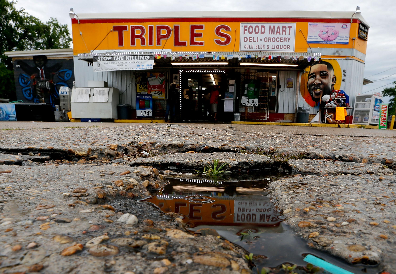 Baton Rouge Tense As DOJ Prepares To Announce Findings In Alton Sterling Case