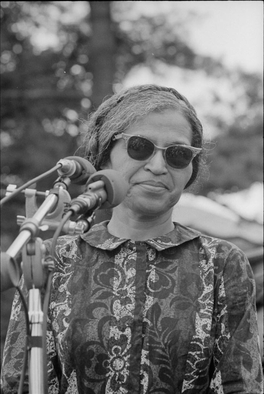 Rosa Parks (1913 – 2005)