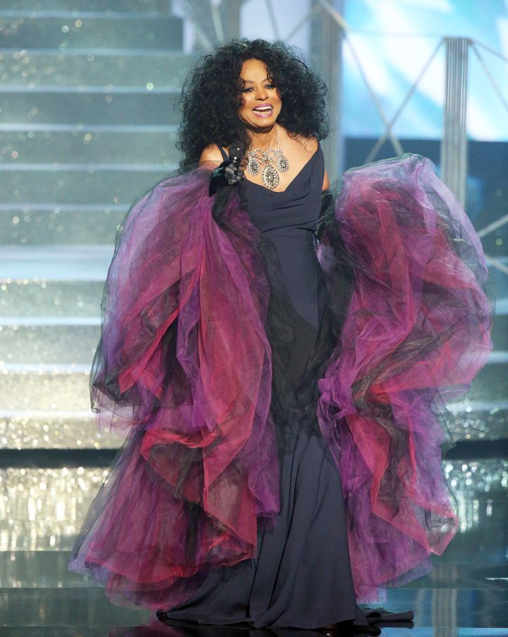 Diana Ross performs onstage during the 2017 American Music Awards