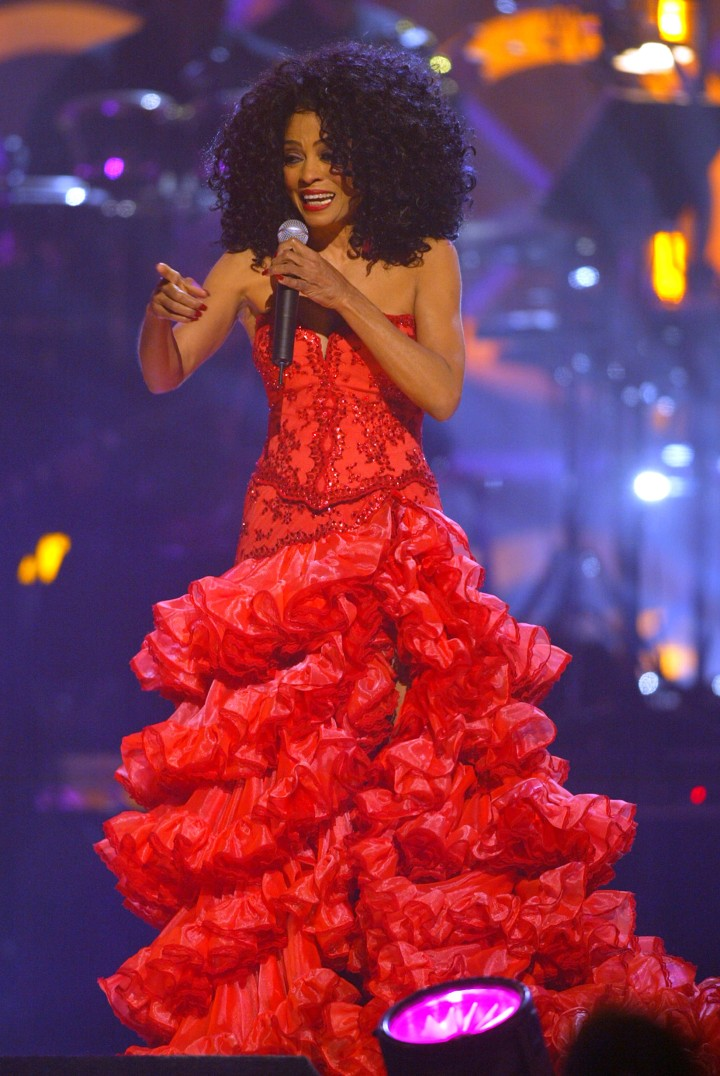 Diana Ross performs on stage at the 2004 Billboard Music Awards held at the MGM Grand Garden Arena