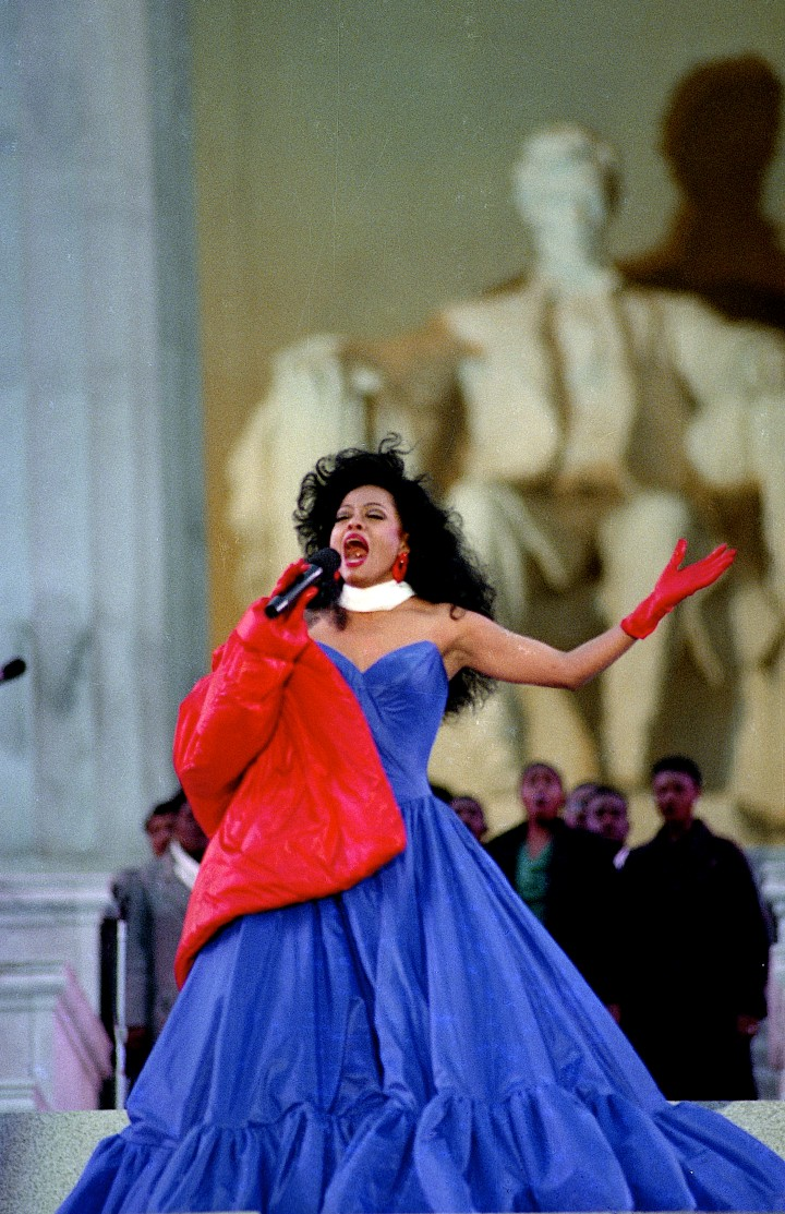Diana Ross performs on the steps of the Lincoln Memorial